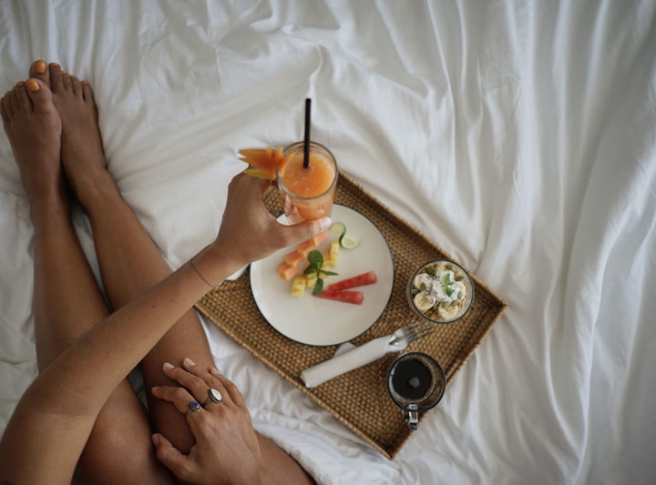 breakfast over the bed of the prime room