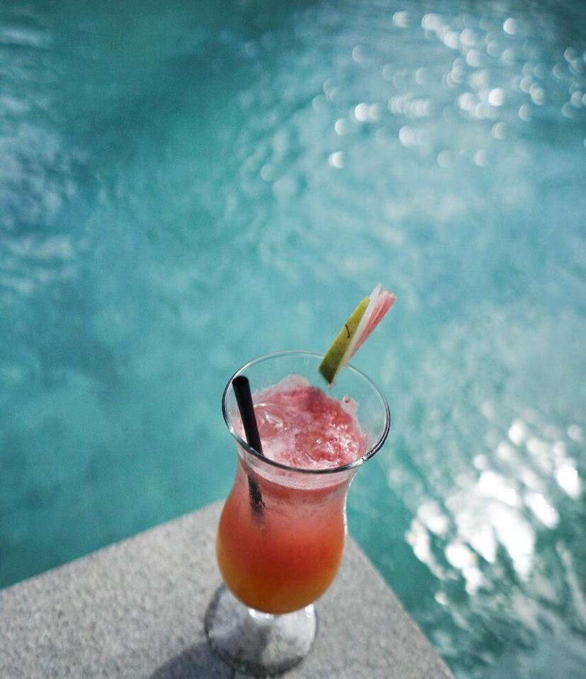 juice close to the pool